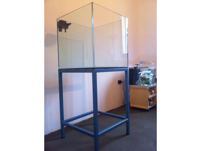 Acquario cubo 50x50x55h extrachiaro for Acquario per tartarughe usato